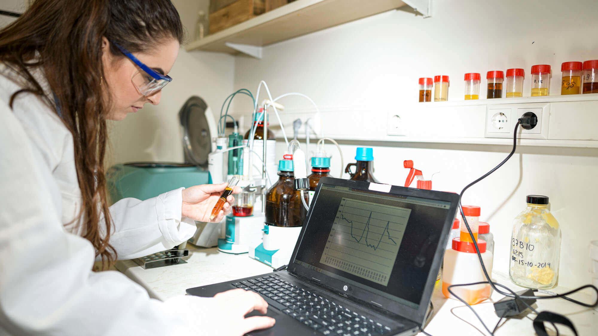 Laboratorium Bukom Recycling